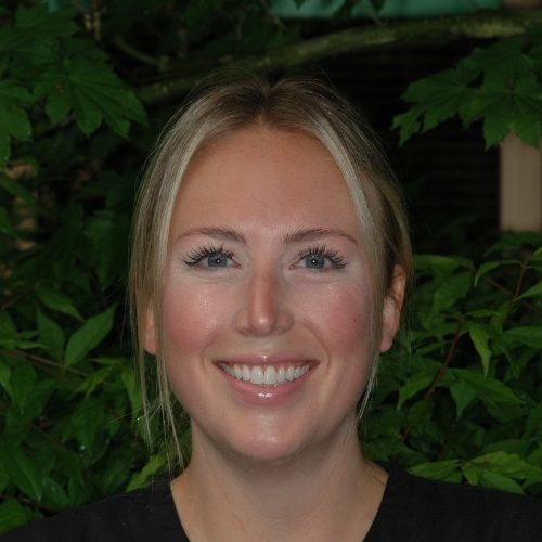Carli - redmond Washington Dentist Offic Staff Member